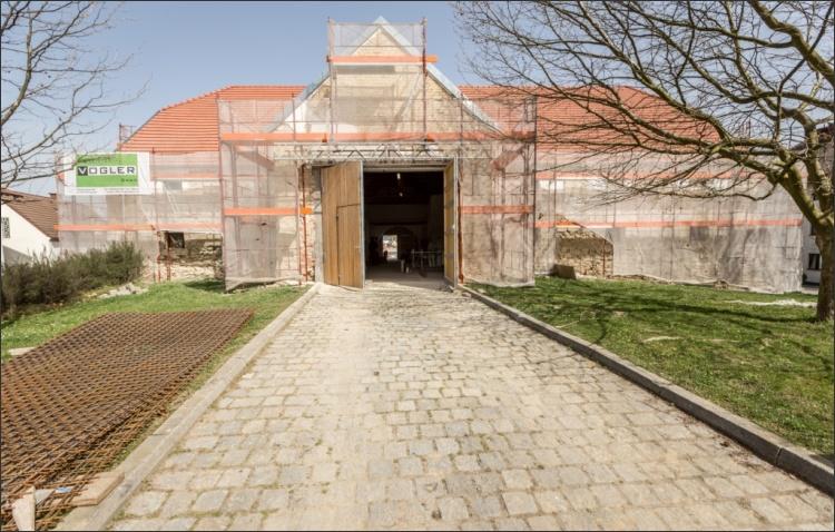 Sanierung der historischen Fassade