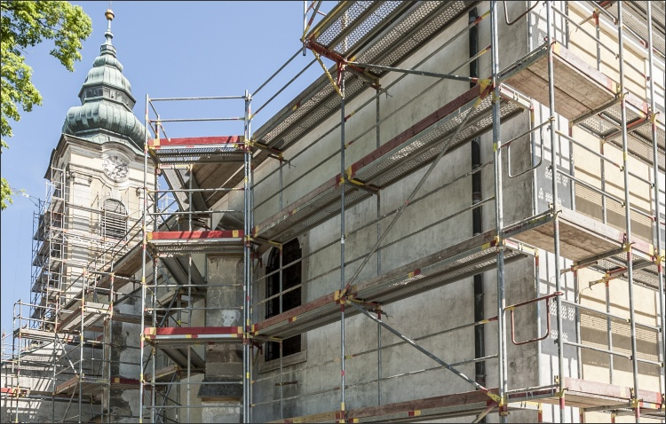 Sanierung der denkmalgeschützten Fassade