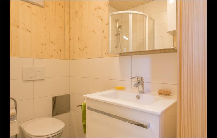 KARDEA Mobilheim Bad und WC Basis