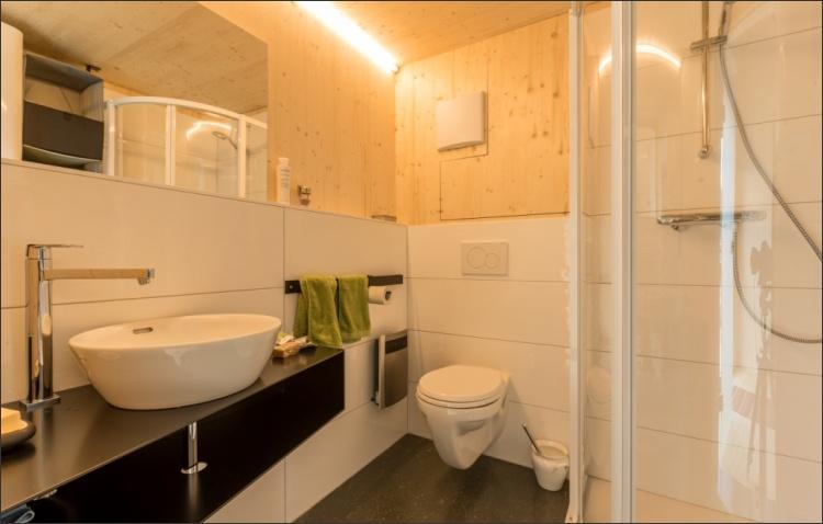 KARDEA Mobilheim Bad und WC Sonderwunsch